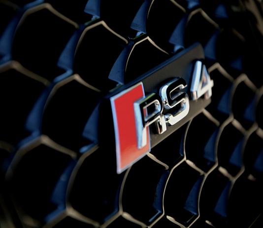 Audi RS4 B8 quattro TEST